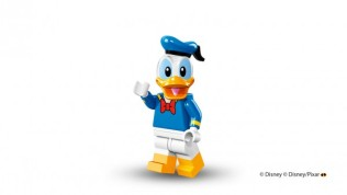 lego-disney-minifigure-donald-600x338